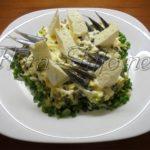 Салат «Ледовитый океан» (морская капуста + сыр)