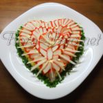 Салат «Неженка» (крабовые палочки + сыр)